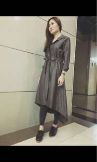 🚚 韓國素色風衣外套(可當洋裝)