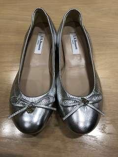 Sell for friends 🐶🐶🐶 L. K. Bennett (英國皇妃最愛) ballerina shoes with hidden heels