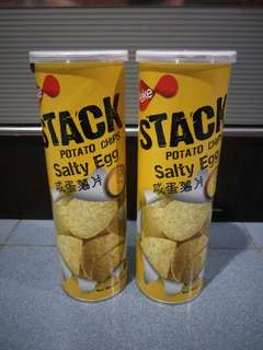 Stack salty egg potato chips 鹹蛋薯片