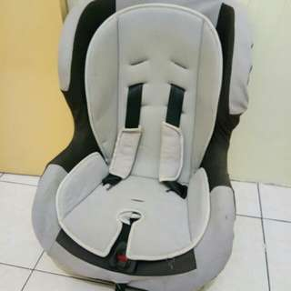 Carseat preloved