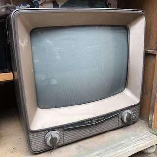 舊大電視機