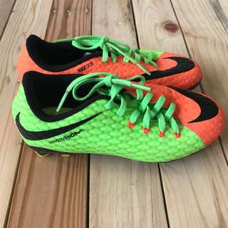 Nikeskin football shoes