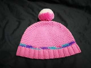 Handmade crochet baby beanie/hat