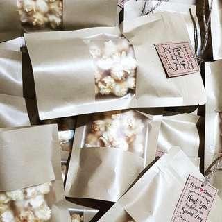 Popcorn in kraft ziplock bags wedding favor doorgift door gift berkat