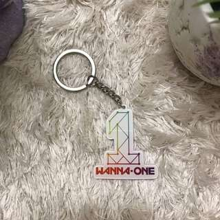 [READY STOCK] WANNA ONE KEYCHAIN