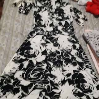 Guess Floral black and white dress
