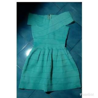 湖水綠繃帶洋裝