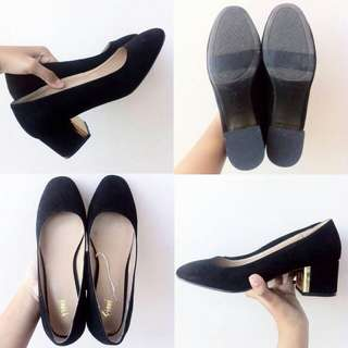 SALE! HEEL BY PAYLESS