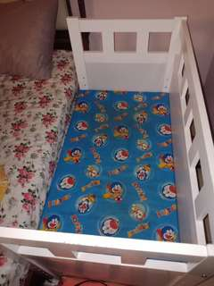 Baby side bed