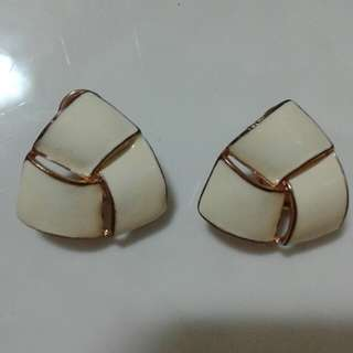 Mother's Day Gift-White N Gold colour earring