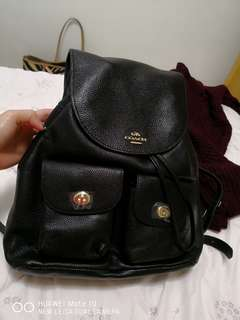 Coach backpack medium size (authentic)