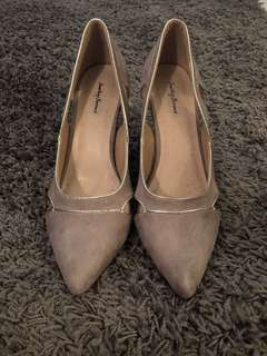 Dusty Pink Pumps
