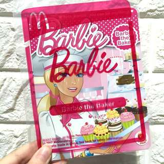 NEW! Barbie the Baker