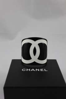 Chanel cuff with box