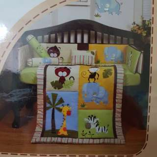 7 pc Crib Set (New)
