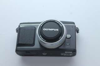 USED Olympus E-P2 with 17mm F2.8