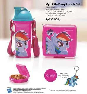 Little pony sandwich and tumbler set