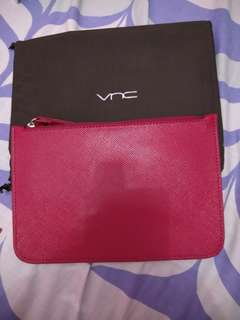 SALE! New Pouch VNC maroon