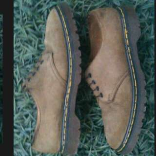 Dr martens suede made in england