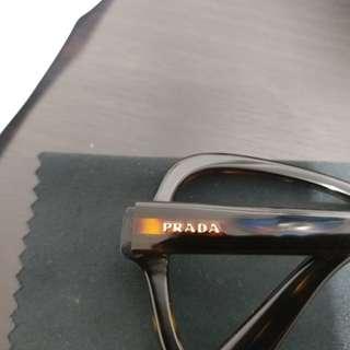 Prada 眼鏡框 9成9新 (可配太陽眼鏡)