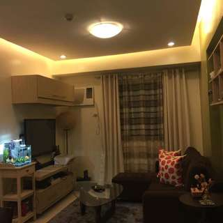2BR 56sqm Condo in Gateway Regency behind Robinsons Forum for rent