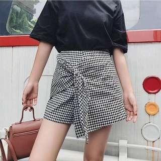 Shorts - Half Garter