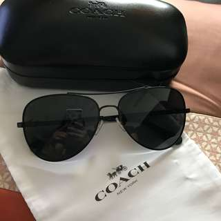 COACH Retro Pilot Sunglasses (original price : RM699)