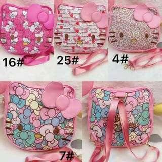 Hello Kitty 2 & 1 bag ( pwede sling bag at pwedeng shoulder bag)