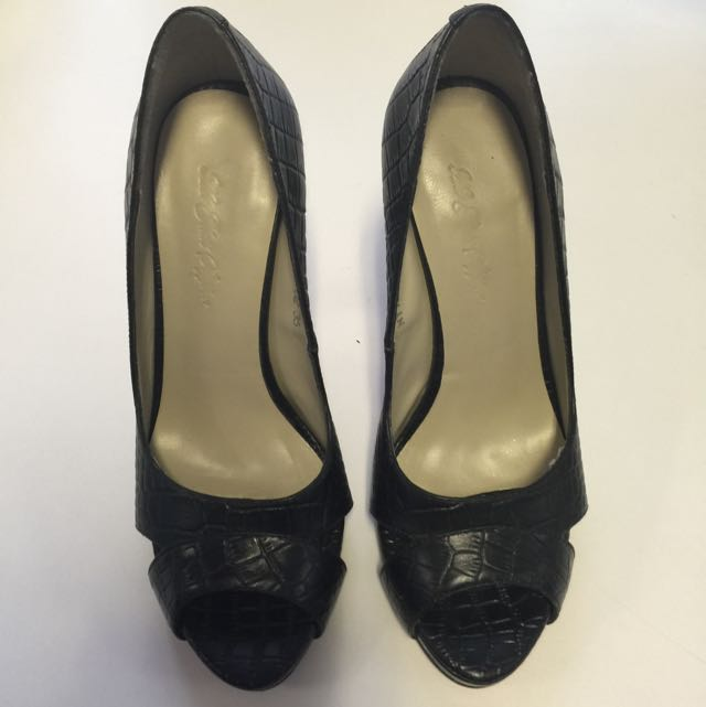574cd3b3467b 4 Inch Black Heels In Size 35