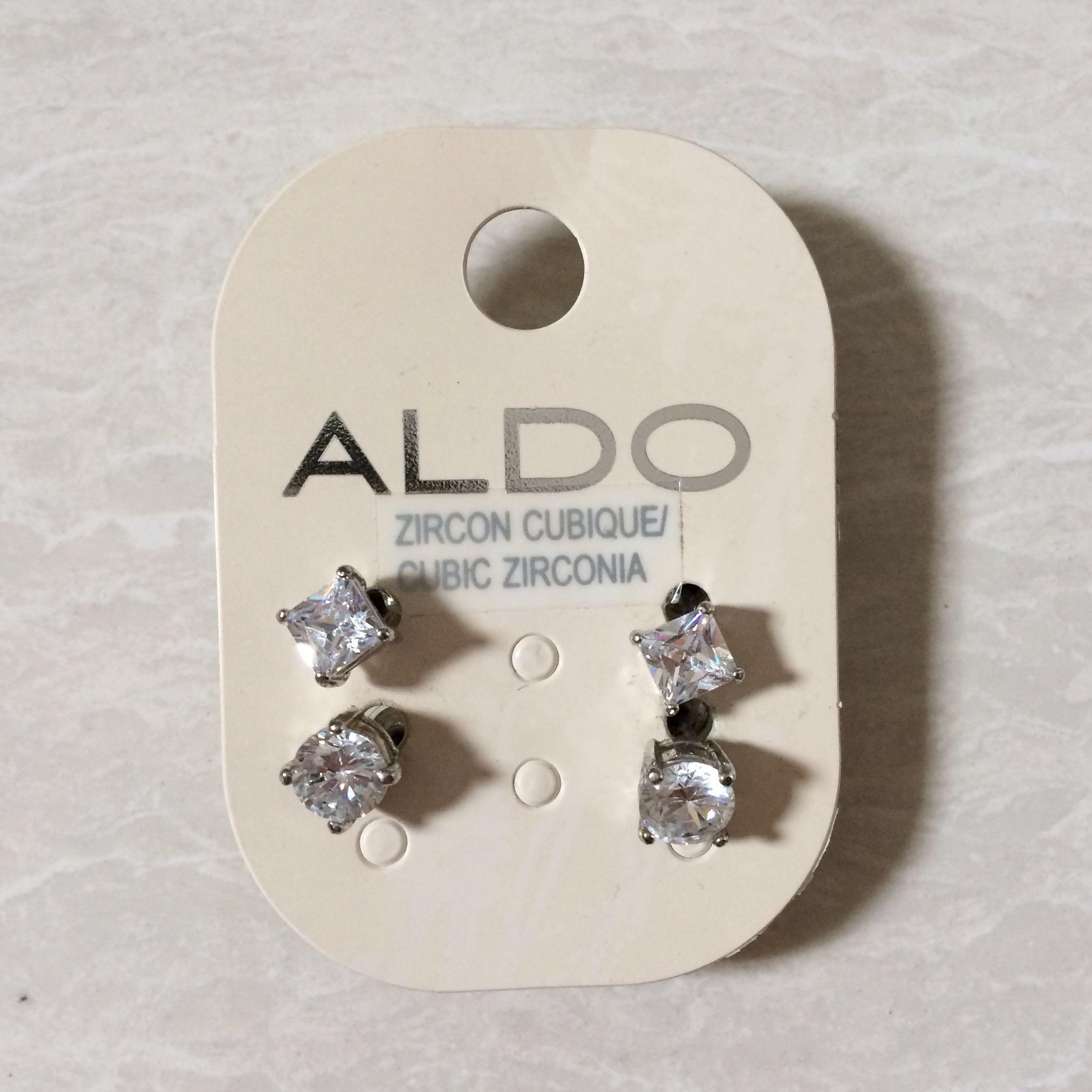 Wanita Stainless Steel Putih Zirkon Kalung Anting Tindik Set Source · Beranda Preloved Fesyen Wanita Perhiasan