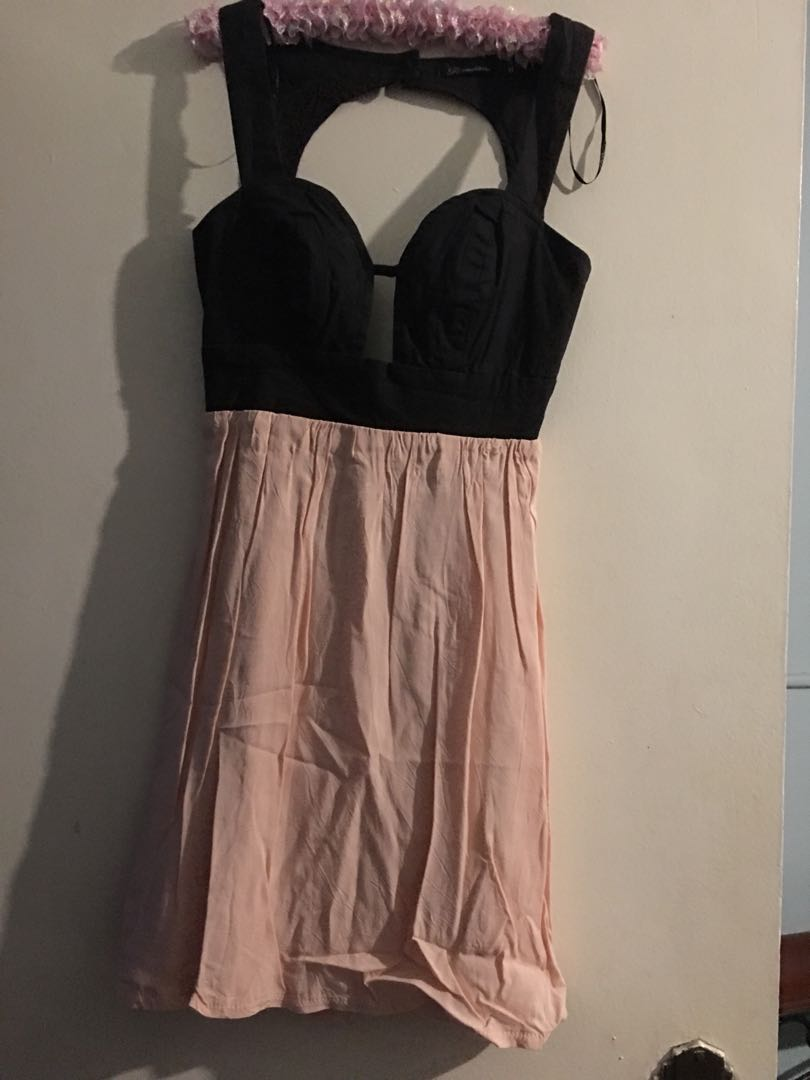 Cocktail style dress size 8