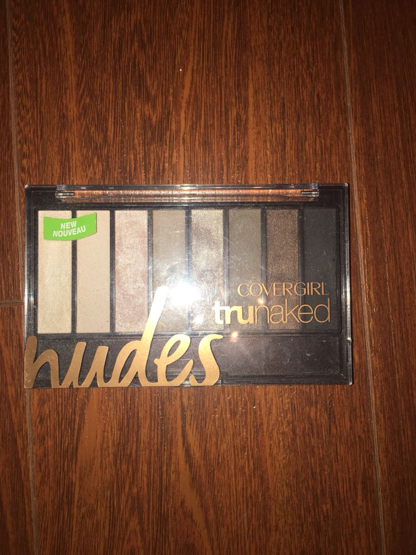 Covergirl Nudes Palette