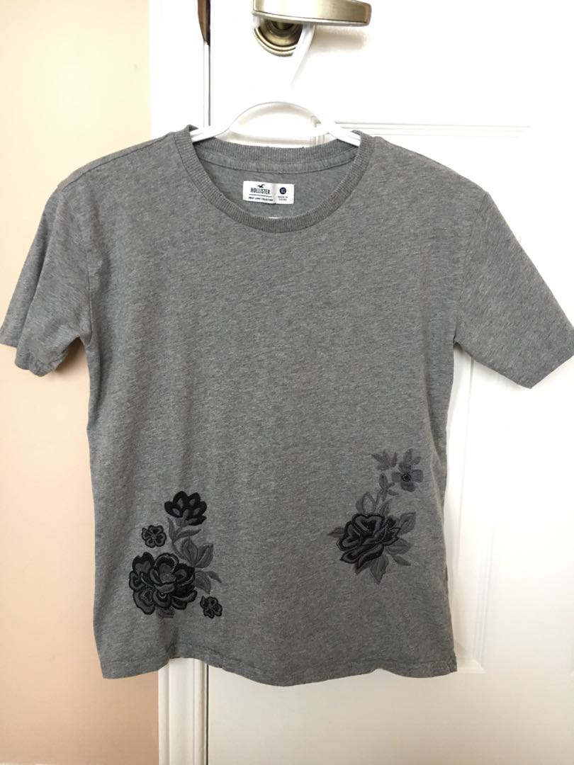 Hollister T-Shirt with Embroidery