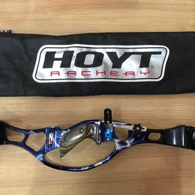 Hoyt GPX and F7 limbs for sale *PRICE IS NEGOTIABLE*, Sports
