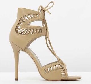 Lipstik nude/camel heels 6 (worn once)
