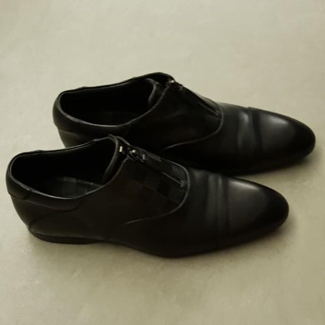85f6a5d1ed7e Louis Vuitton Damier Shoes