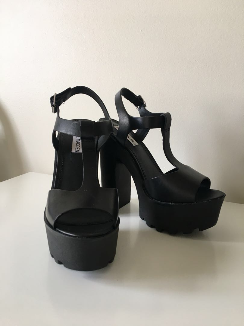 Steve Madden Black Chunky Platform Heels