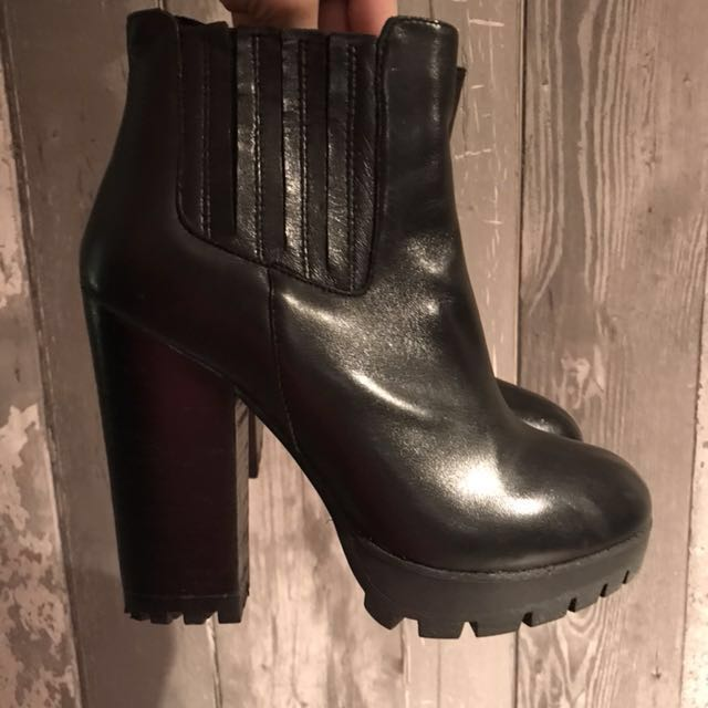 Steve Madden booties with Track sole