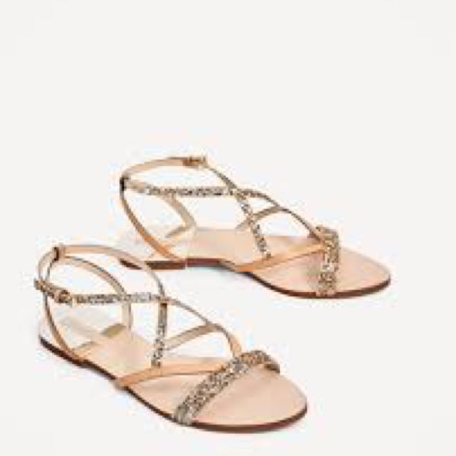 Zara - BNWT strappy nude sandals with gold accent size 38