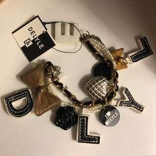 日本手鏈 Delyle bracelet 袋吊飾掛飾 beams jack wills Hollister tory chanel 蝴蝶結