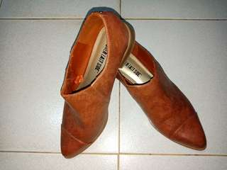 Repriced! Semi-Boots Formal (Brown)