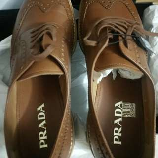 🚚 Authentic Prada calf-leather mens shoes