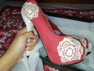 Preloved Memorata by Cln Pink Heels