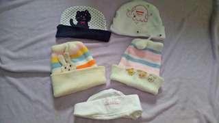 Baby Bonnet & Mittens