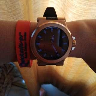 Michael Kors Access Touchscreen Black Dylan Smartwatch