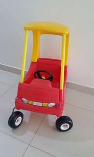Little Tikes Car Cosy Coupe Ride On Car