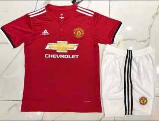 🍀Giveaway🍀 Manchester United 17/18 Home/Away Jersey