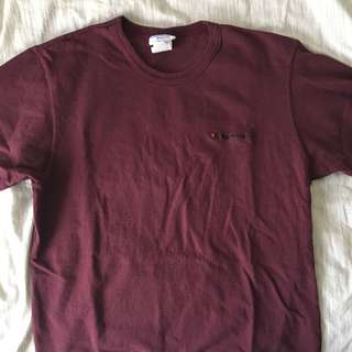 CHAMPION burgundy t shirt