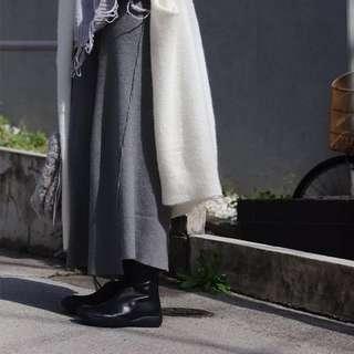 🚚 灰色彈性針織不對稱寬褲