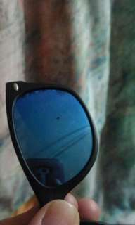 Auth Rayban preloved